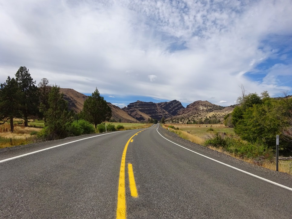 Driving on the Scenic Byway on the Journey Through Time; John Day Fossil Beds